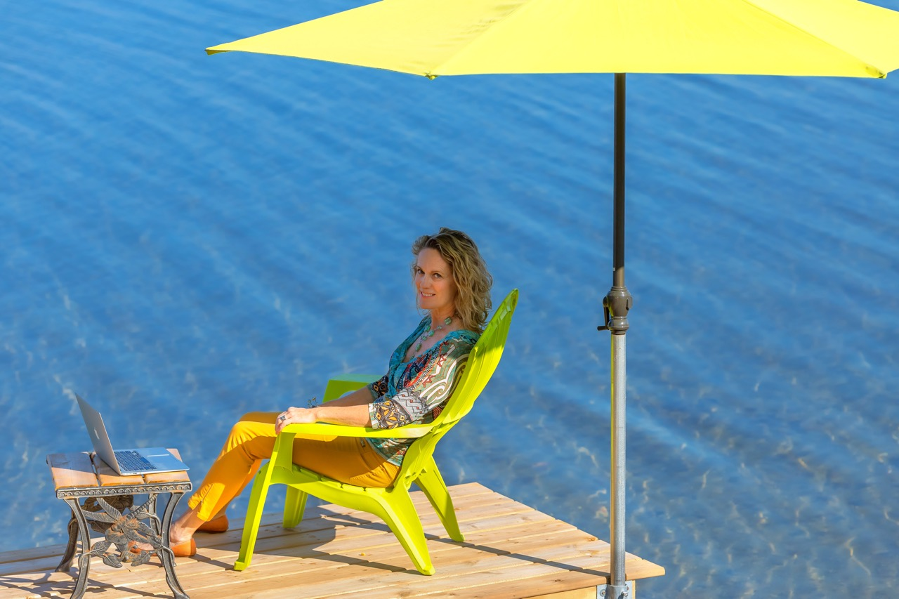 img_2386-barbara-on-dock
